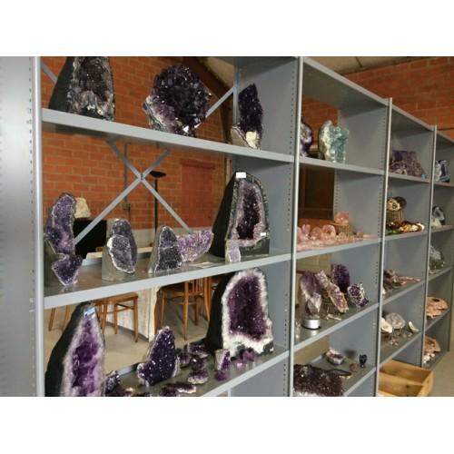 De Vijf Wijzen, tachyon en kristallen