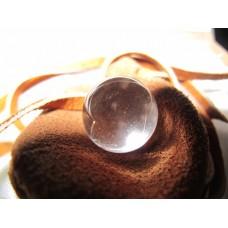 Getachyoniseerd bergkristal bolletje in buidel